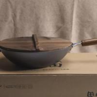 神田窒化槌目纹炒锅外观细节(手柄|锅盖|木铲|锅耳|锅底)
