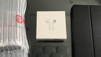 苹果AirPods2耳机使用总结(充电盒|排气孔)