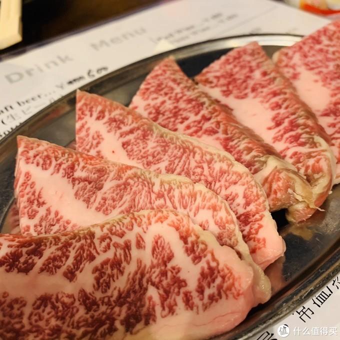 牛肉质感很好,入口即化,但是吃多了也腻