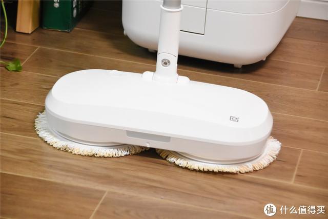 小米生态链追觅新品,首发拼多多,无线擦地人机更省力