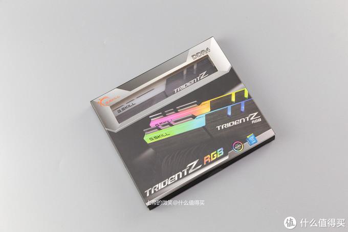 A4装机show之乔思伯A4 光影240+ evga2080ti  GM650+97K strixZ390I