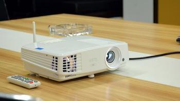 明基E500无线投影机使用总结(操控|系统|软件|投射|娱乐)