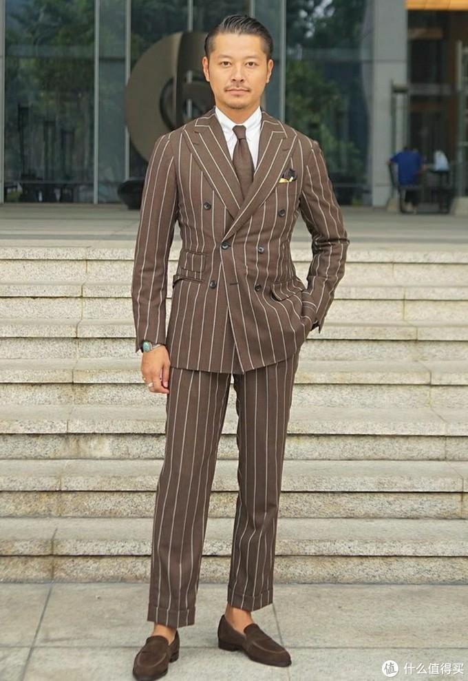 跟着这位日本时尚博主来学习矮个子怎么穿西装才好看