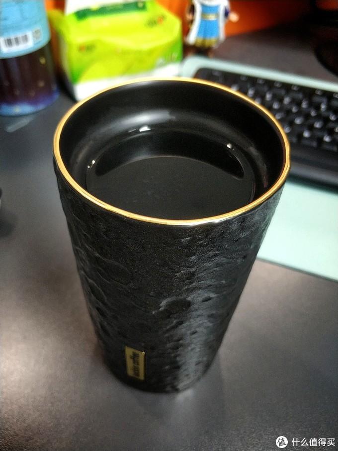 瑞幸咖啡luckincoffee月表陨石马克杯首测~触目惊心的周边体验