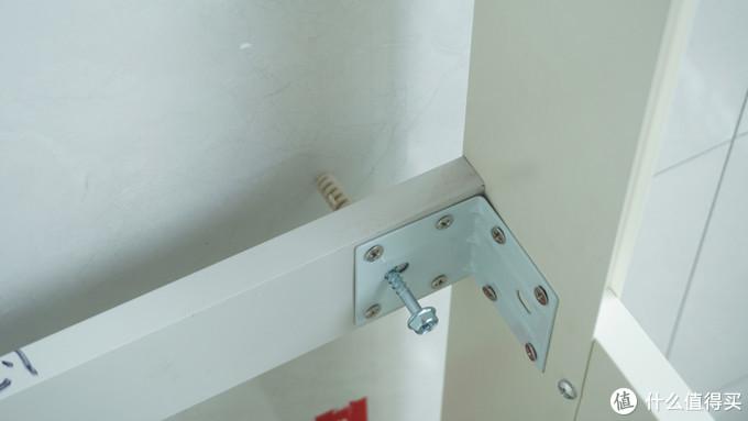 新房装修,别忘了在阳台放置一个希箭太空铝洗衣机柜