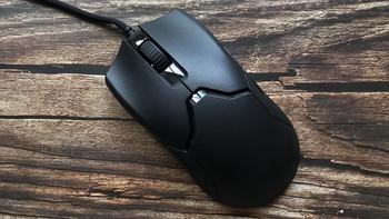 雷蛇Raver Viper毒蝰鼠标外观图片(材质|尺寸|按键)