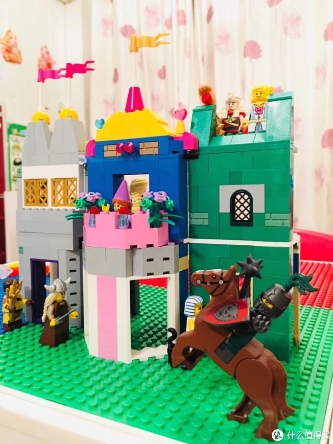 中世纪城堡,公主、士兵、战马一应俱全