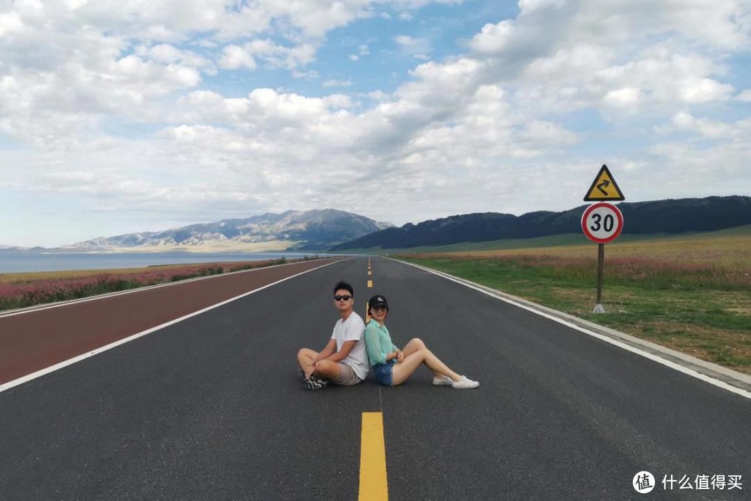 长而笔直的公路