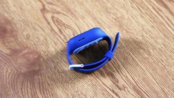 米兔儿童电话手表3C 4G版外观展示(彩屏|摄像头|表带|卡槽)
