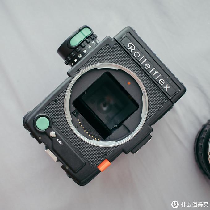 困兽之斗:Rolleiflex 6008i2