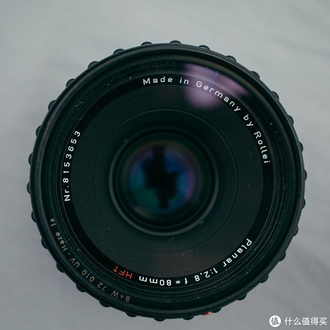 Rollei标,Planar 80/2.8,是该系统最小巧的镜头。7片5组,由福伦达工厂生产