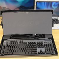 罗技G813 GL T机械轴静音键盘外观展示(按键|指示灯|防滑垫|脚撑|键帽)