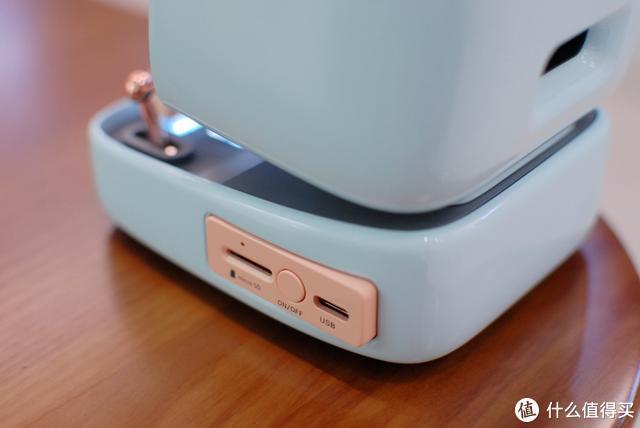 复古潮玩DIVOOM DITOO,网友:能玩游戏的小电脑才是好的蓝牙音箱