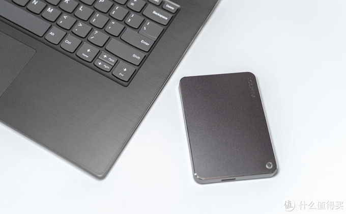 高逼格商务移动硬盘:东芝CANVIO Premium 2TB移动硬盘体验