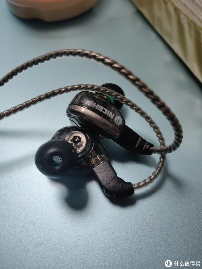 百元超越新势力-DB3三单元耳机测评