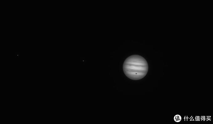 这是5X巴罗下的木星及其卫星