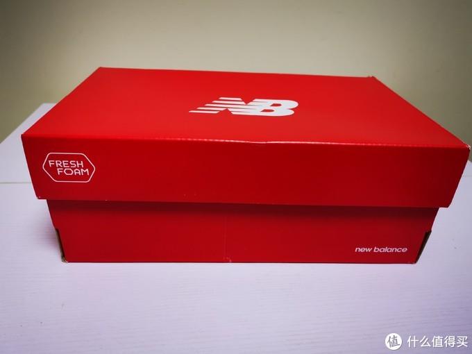 是噱头还是确有实效?镭射切割的New Balance Fresh Foam Lazr v2 Hypoknit 跑鞋开箱