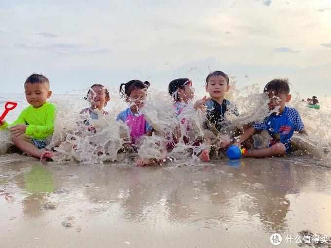 汕尾 🐟与海浪玩游戏💓