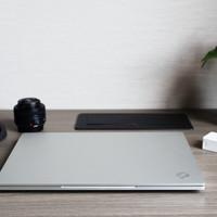 机械革命S1 Pro皓月外观展示(键盘|屏幕|边框|材质|散热口)