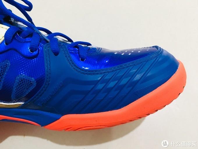 鞋头的超纤维合成革
