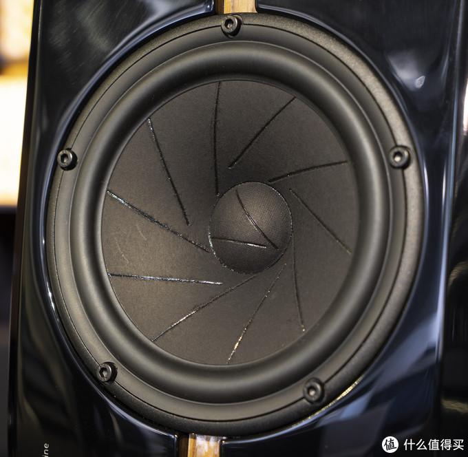 ScanSpeak Revelator系列18W/8531G00中低音