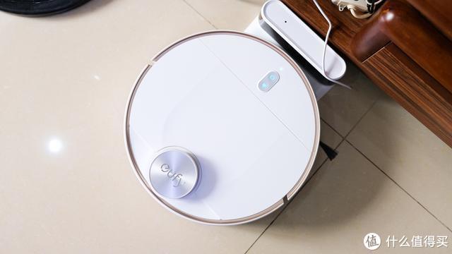 扫拖一体,我和我妈都说真香!安克创新L70激光扫拖机器人使用体验