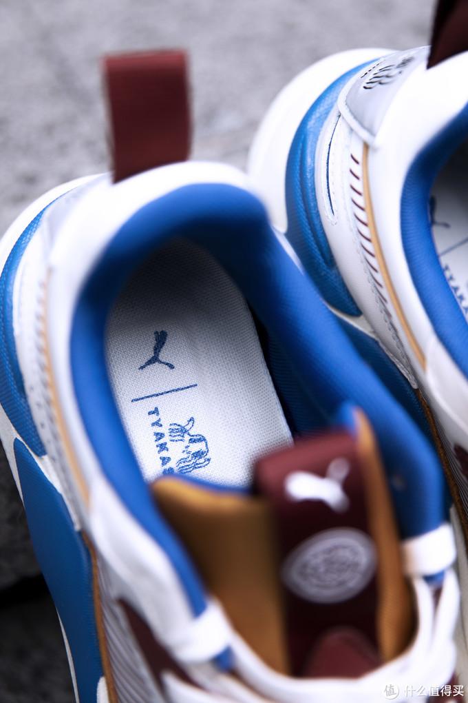 开箱丨泫雅同款!国潮联名!这款球鞋究竟有什么魅力?