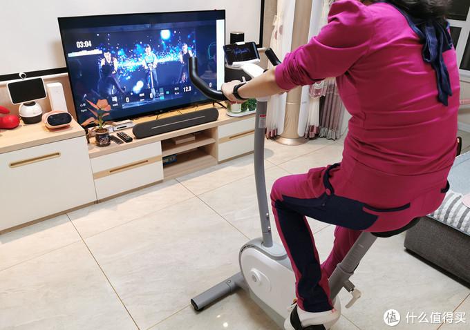 小米生态链推出动感单车,智能电机阻力技术,还有更多健身玩法