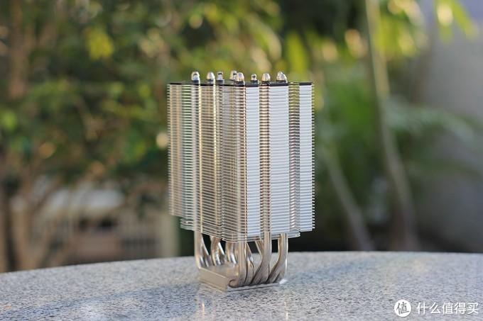 超频三六管散热再添一员——东海风云(GI-R66U)蓝光版
