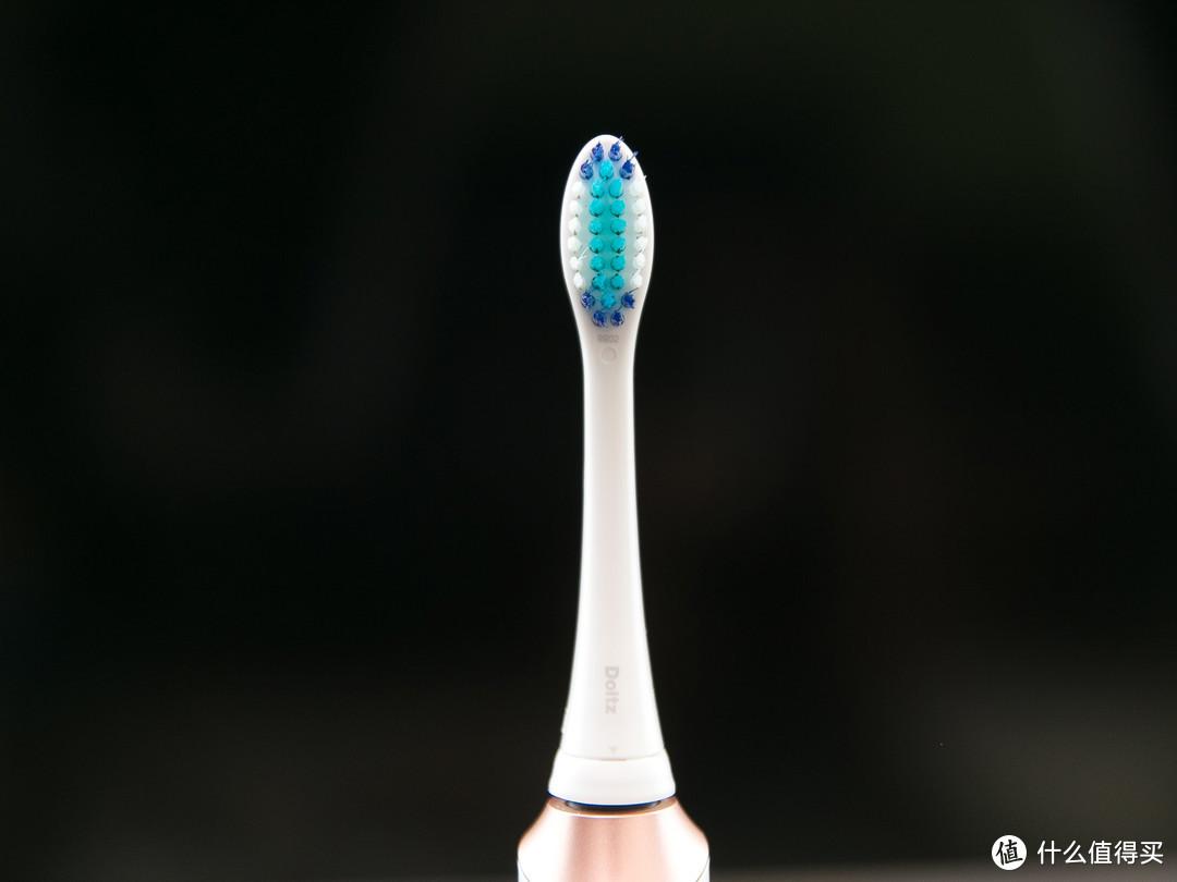 轻巧高颜值,清洁出色又护龈,这样的松下小光环EW-DC12值得拥有