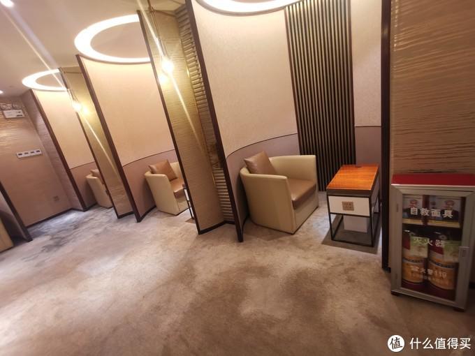 广州白云机场T1东航贵宾休息室体验