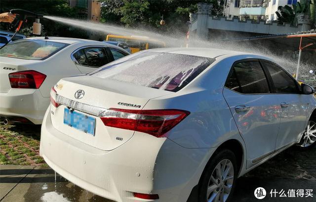 洗车就是毁车?洗车店洗车放心吗?如何自己动手洗车对车最好?