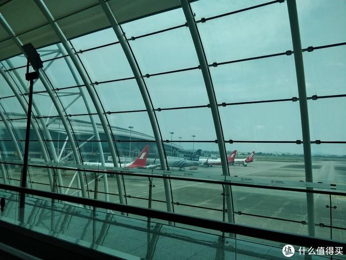 广州白云国际机场T1东航头等舱休息室体验