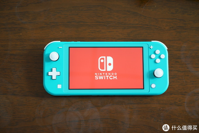 我买了个Nintendo Switch Lite
