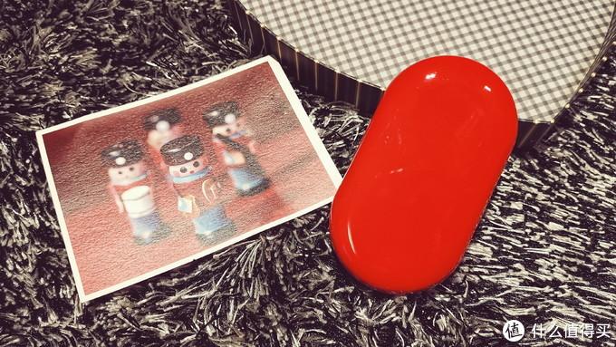 "CIKE小红玩 —— 二合一无线充电宝,颜值与实力并存的手机""加油站"""