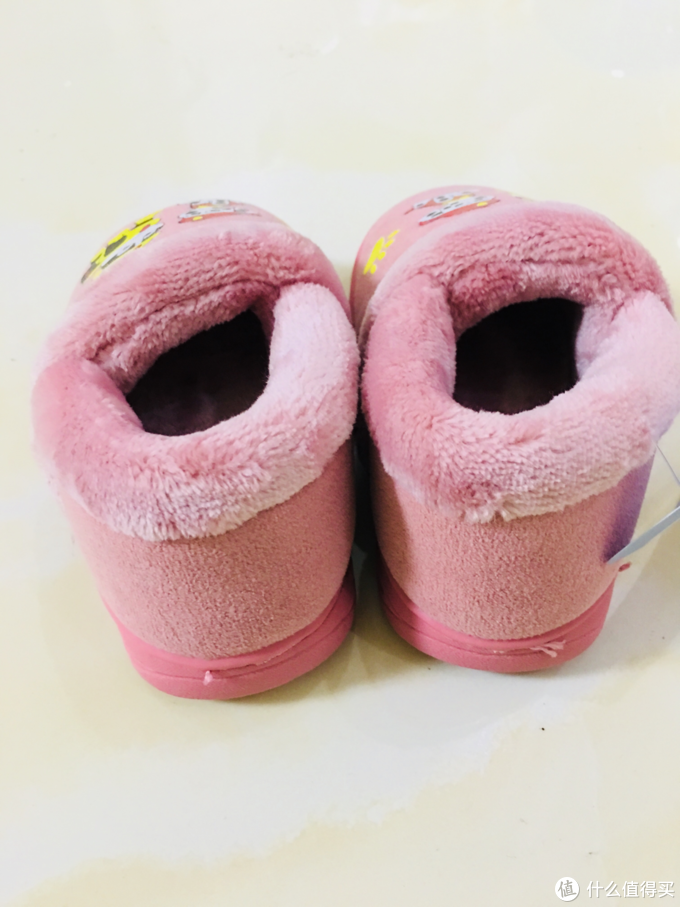 天凉脚要暖 娃的拖鞋袜套晒一波