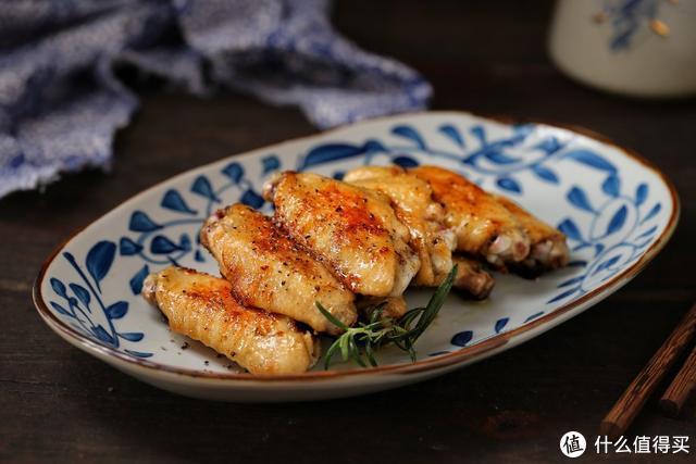 不用炖不用煮,腌一腌、煎一煎,只需两步就能做出香嫩美味的鸡翅