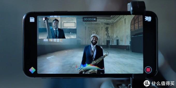 iPhone11发布展示的一台手机就相当于拥有了前后双机位,这个功能对拍摄爱好者来说非常nice了