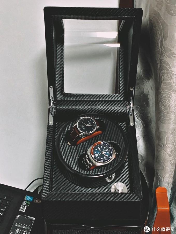 放在音箱上的位置是真的正正好好 可惜有磁!有磁!