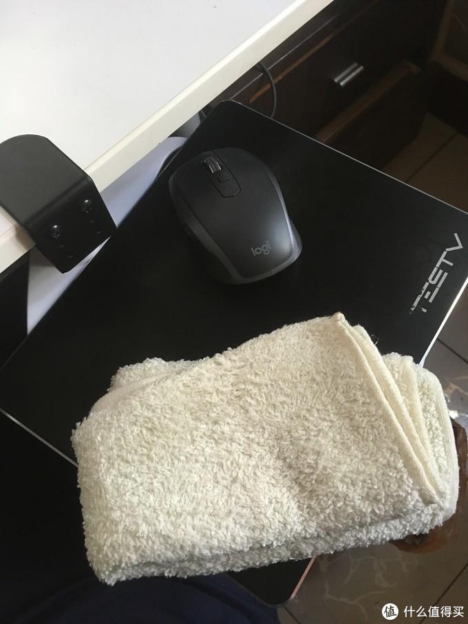 国庆有闲:鼠标支架板——为更舒适的PC操作体验