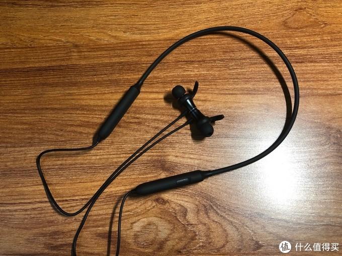 滑动操作,让听歌更有效率!国庆长假体验击音撸啊撸S2运动颈戴式蓝牙耳机