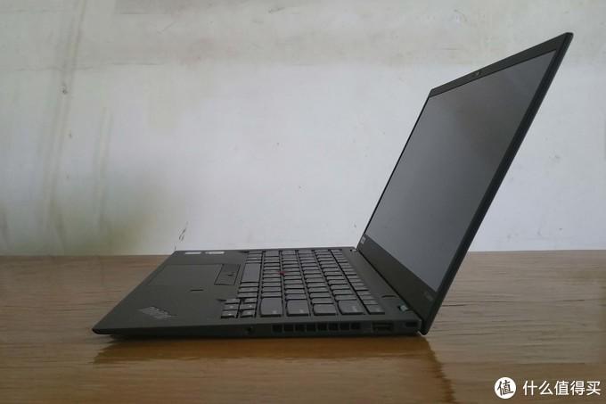 小黑粉情怀—— ThinkPad X1 Carbon 6th (2018) 开箱晒物