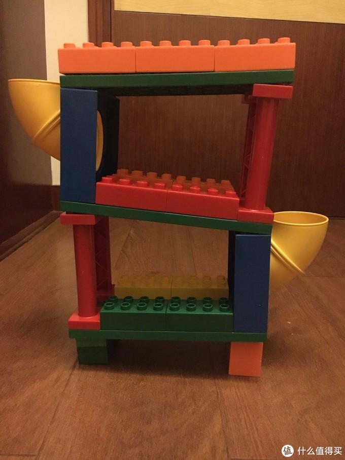 滚球轨道,我用的6×12的底板,只能滚乒乓球,其实用大一号底板的更合适