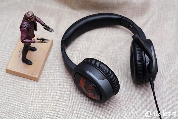 分量轻、可折叠、299元,微星GH30游戏耳机开箱