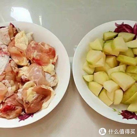 这两种食材是绝配,一个鲜嫩、一个软糯,妥妥的下饭菜!
