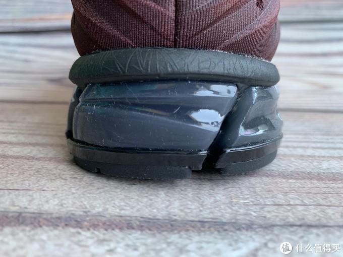 亚瑟士GEL-QUANTUM180 2 缓震跑鞋开箱