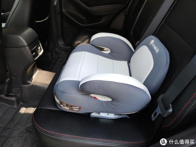带娃自驾出游,安全座椅还是安全增高坐垫?选购需要注意哪些?