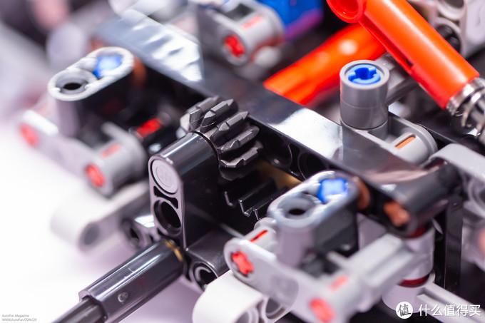 砖头的信仰—首测LEGO 42110 全新一代路虎Defender