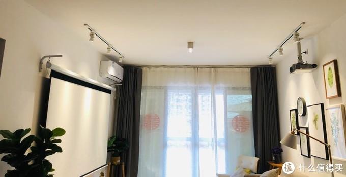 客厅灯光布置图