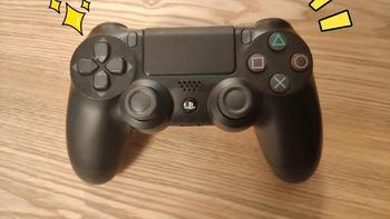 主机手柄对比评测(DualShock 4|Joy-Con|Xbox)